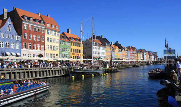 Quais achalandés de Copenhague. Photo Martin Dubois